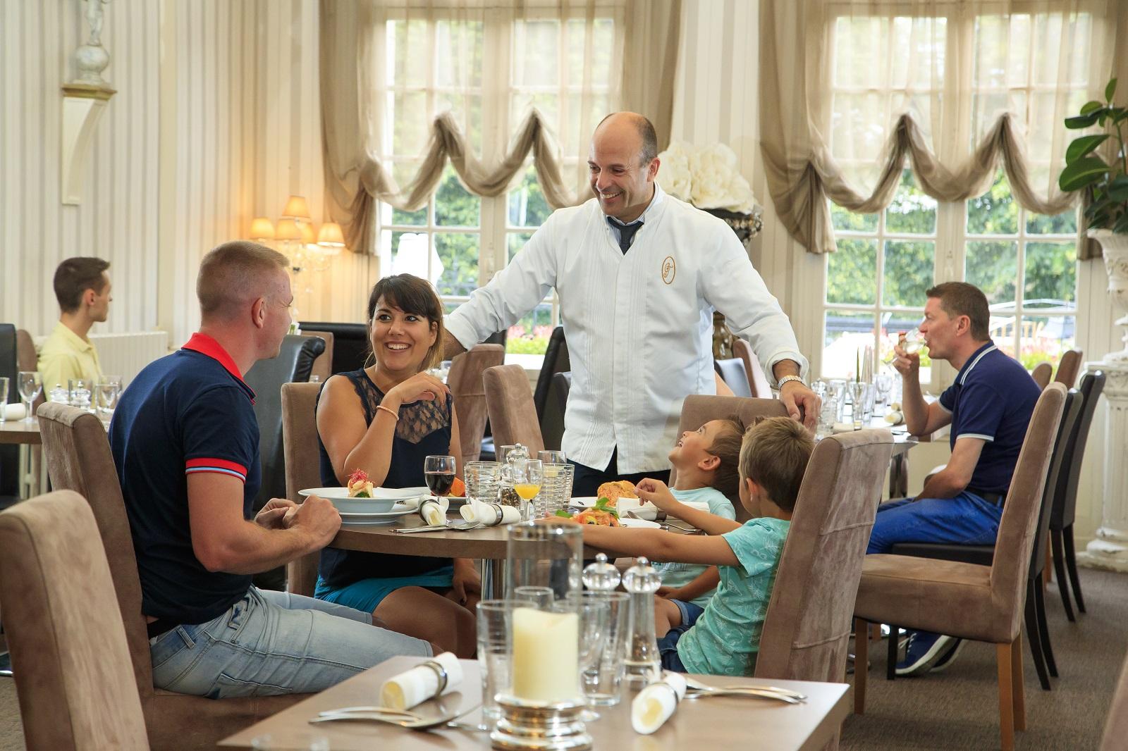 Noyon-le-cedre-restaurant-oisetourisme-pro